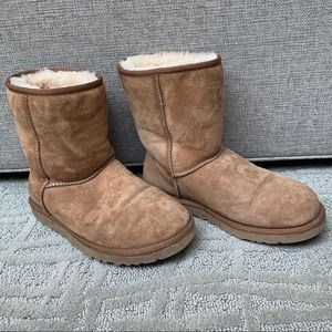 Women's UGG Boots Size 9W